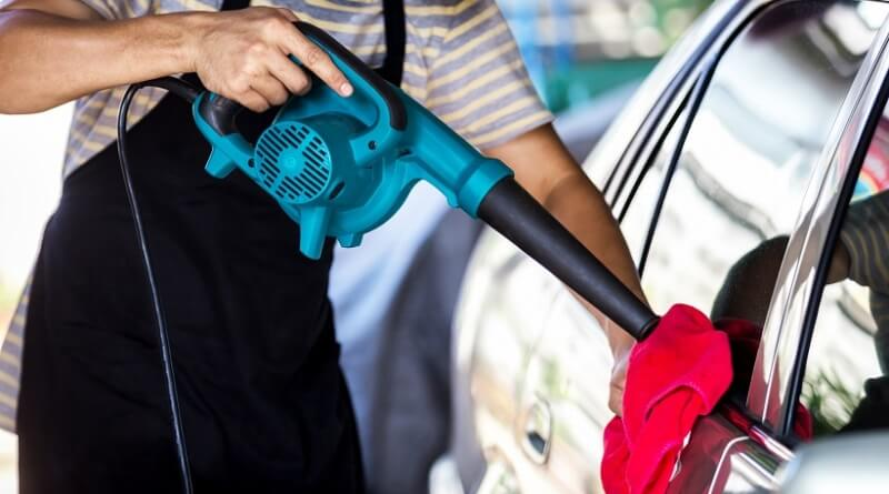 What are the best blowers for drying your car?